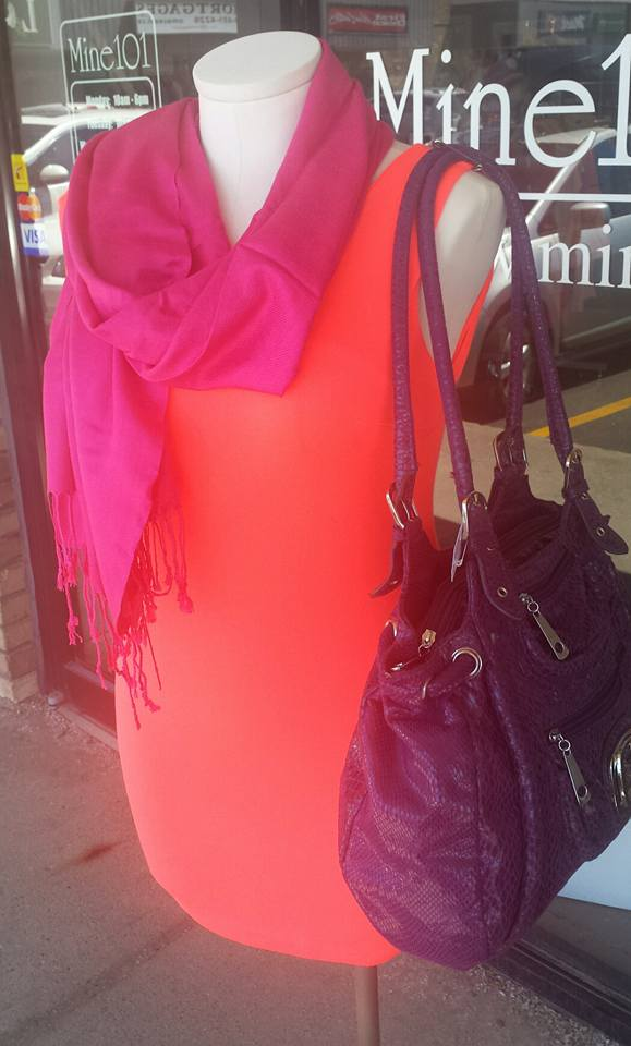 Plain coral with purple purse