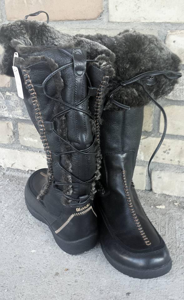 Blondo boots!